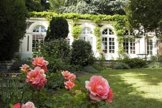 La suite Fuschia à l'Orangerie à Versailles, vacation rental in Yvelines