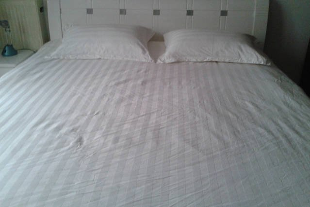 King size room 1