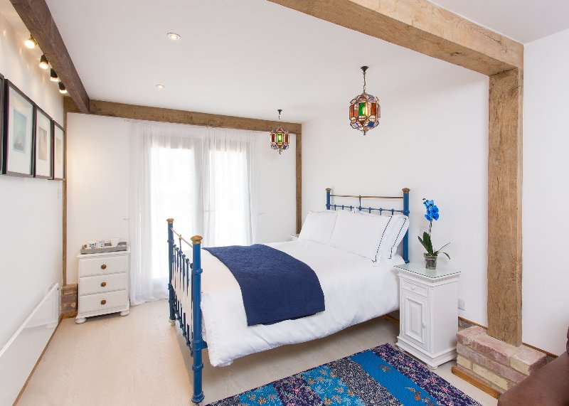 Beaton Room - double bed with en suite sher room