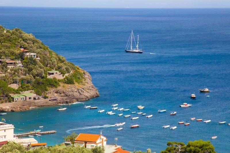 Villa Quattro Satgioni - Amalfi Coast, holiday rental in Nerano