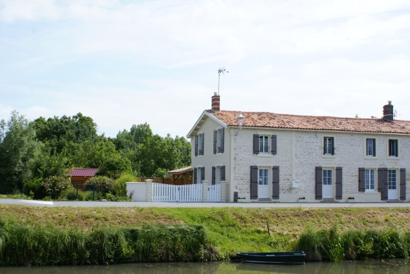 Gîte 6 personnes - Marais Poitevin, vacation rental in Vendee