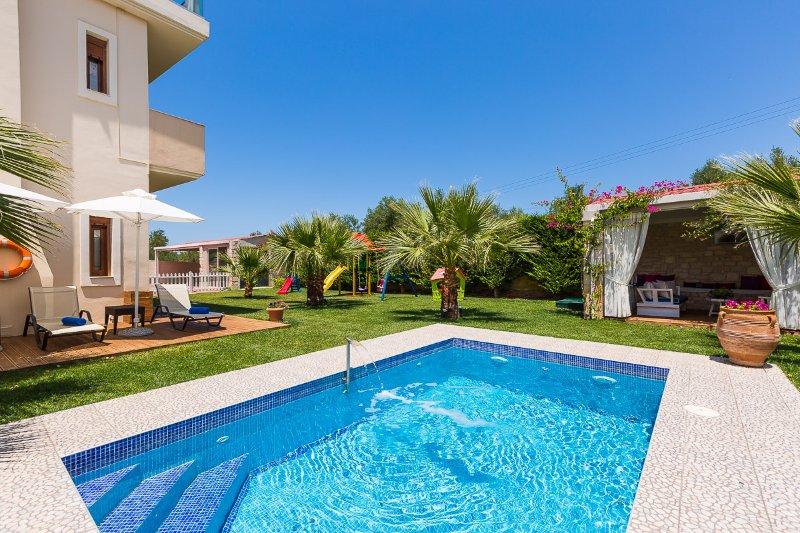 Villa Dimitrios boasts an amazing private swimming pool!