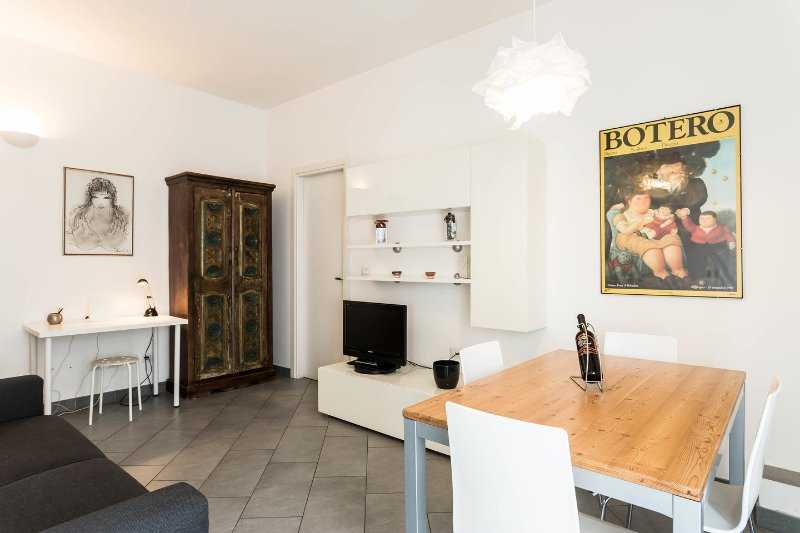 Milan Navigli cosy apartment, holiday rental in Buccinasco