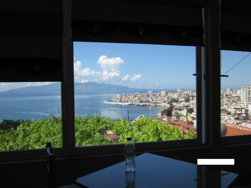 GuestHouse & Tavern Leo, vacation rental in Saranda