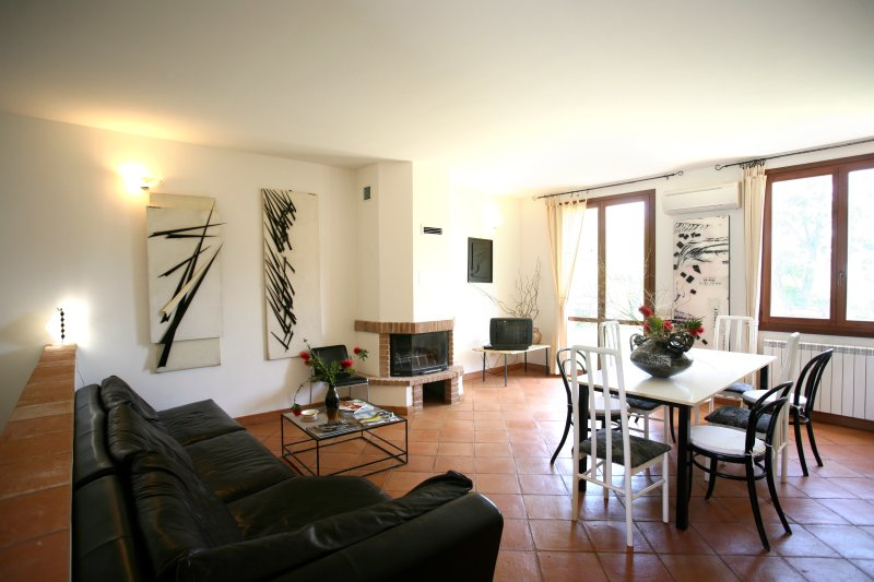 Capalbio-Retreat N.7: charming apartment x 8 near sea, Ferienwohnung in La Campigliola
