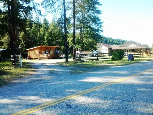 Wecome to Double E Sportsman's Camp & General Store