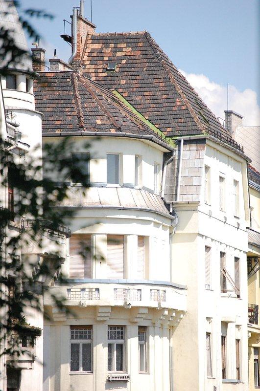 il nostro edificio è stato costruito nel 1906 per il principe Palatinus che hanno usato per possedere l'Isola Margherita