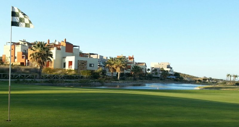 Apartamento unifamiliar en campo de golf en vera, vacation rental in Vera