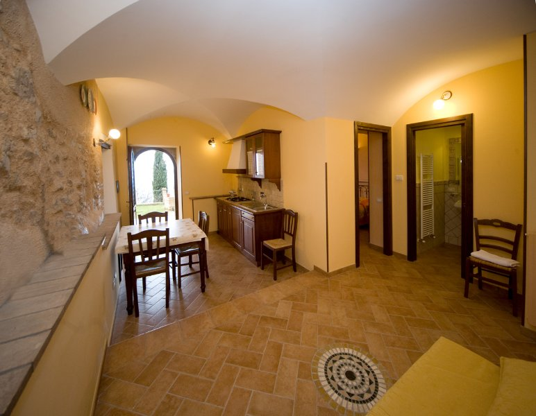 Appartamento vacanza in Umbria con zona panoramica, holiday rental in Coste