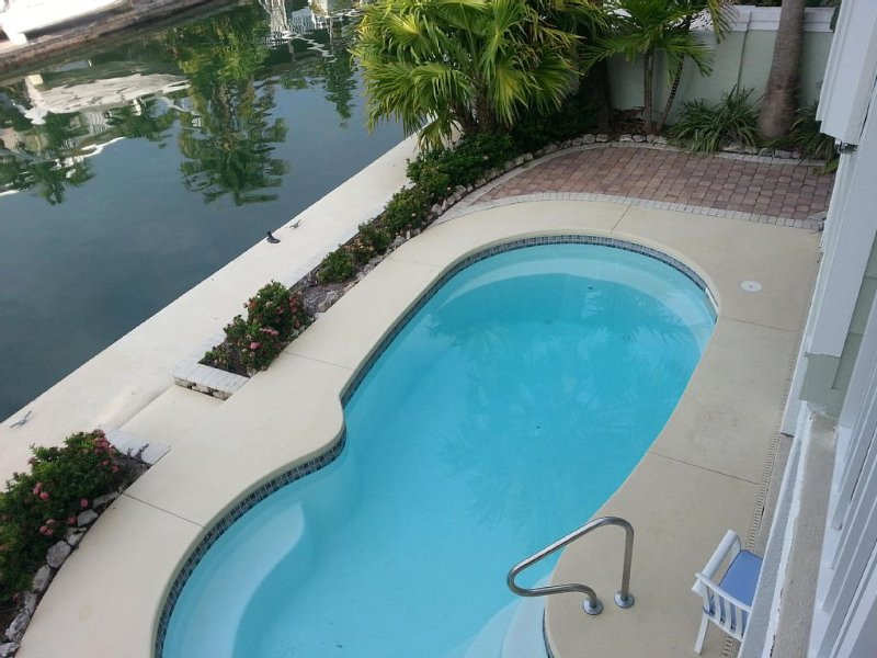++++PERFECT KEYS POOL  HOME, MINUTES TO KEY WEST, CONVENIENT TO EVERYTHING++++, casa vacanza a Ramrod Key