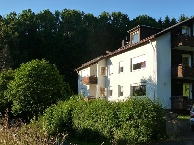 Rhön Bergblick Ferienwohnung Tann, location de vacances à Schonau an der Brend