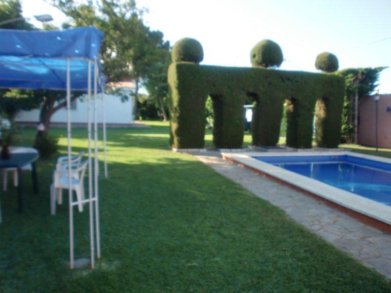 CHALET CON PISCINA PRIVADA, holiday rental in Pago del Humo