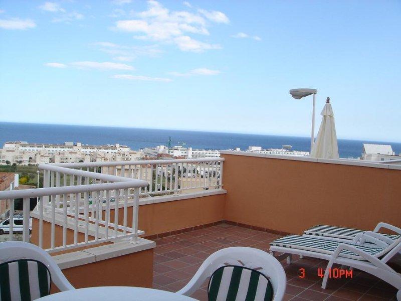 Mojacar playa, magnifico apartamento en la playa y junto al campo de golf, vacation rental in Mojacar