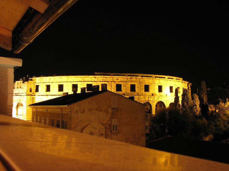notte vista dalla terrazza principale