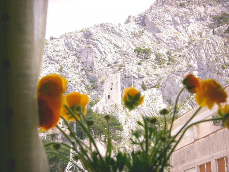 Sunce A1(2+3) - Omis, vacation rental in Omis
