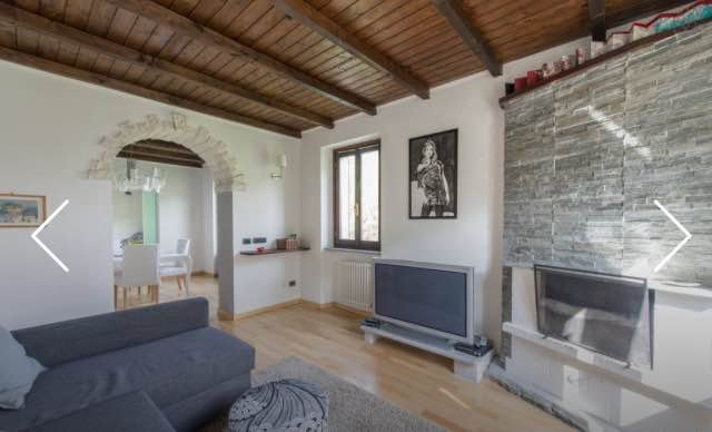 A beautiful white Villa in CASTLE of VEZIO, vacation rental in Varenna