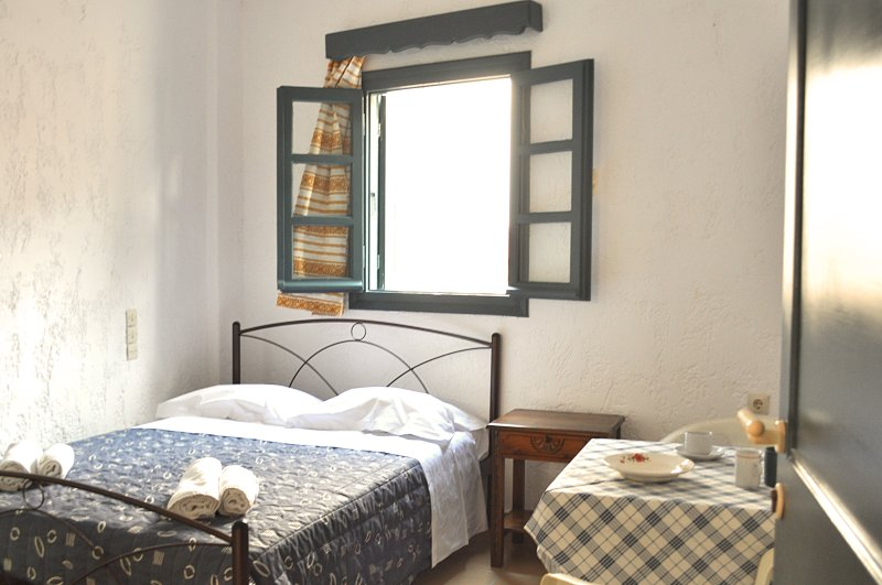 Double Room 'Notus' 10' walk to Chersonisos Beach, casa vacanza a Koutouloufari