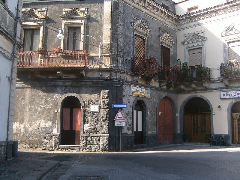 Bed e Breakfast 'da Rosa', vacation rental in Francavilla di Sicilia