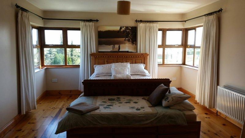 Bedroom 1 - Ensuite. Sleeps 3