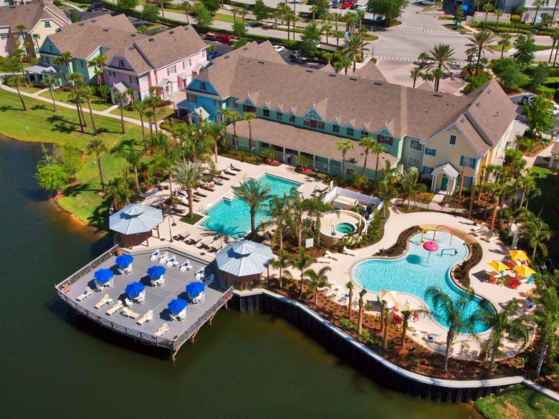 R1 Luxury resort,3 miles to Disney, Great 3 bd,& more, holiday rental in Kissimmee