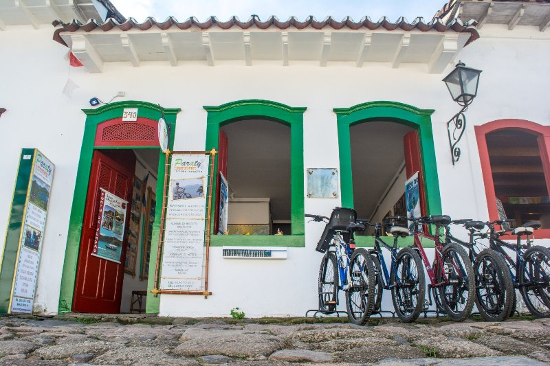 charmming guest house in old town of paraty, Ferienwohnung in Paraty