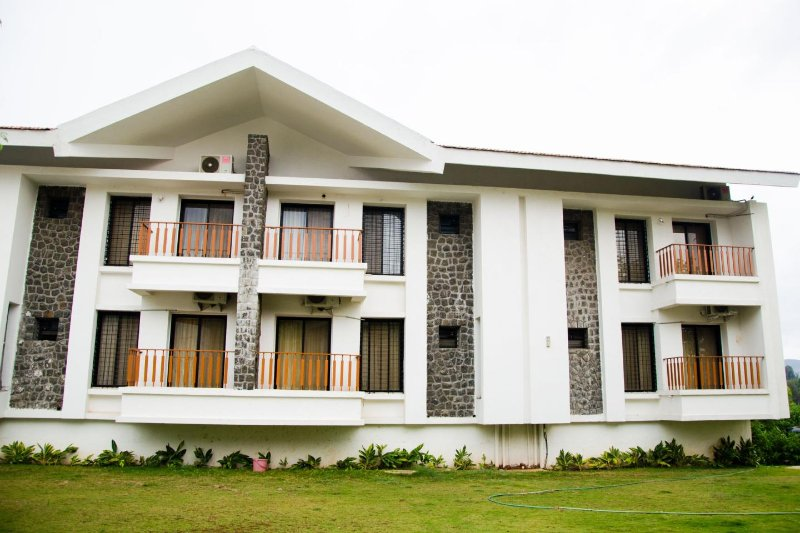 Lonavala Holiday  Homes #2, vacation rental in Pune District
