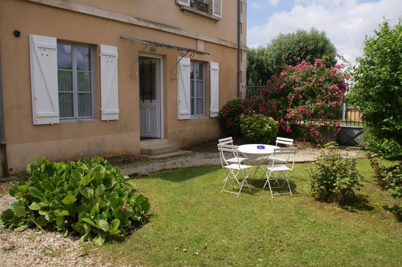 GîTE 4 PERSONNES A VALLON-BOURGOGNE 4*, holiday rental in Guillon
