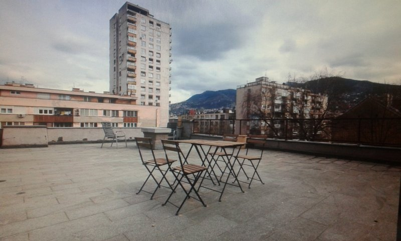 Sunny rooftop apartment and terrace, holiday rental in Sarajevo