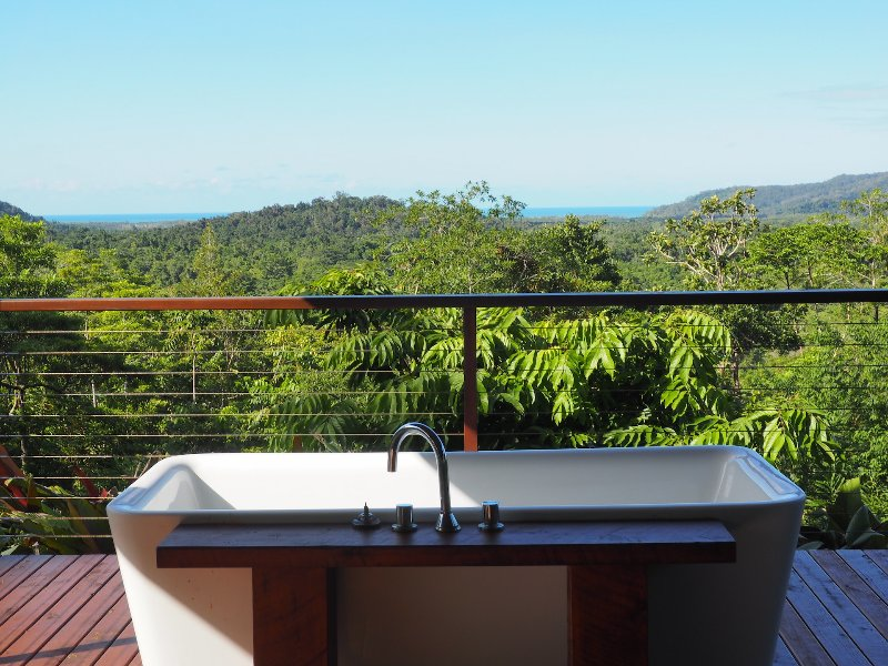 tub on lower deck