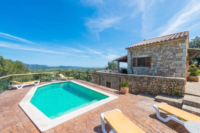 SA GARRIGA DE CAN BARRATOT - Villa for 4 people in SELVA, vacation rental in Selva