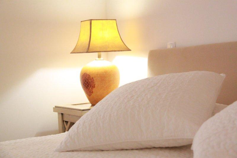 Casa do Poço - Abobada Suite - GuestHouse, holiday rental in Quelfes