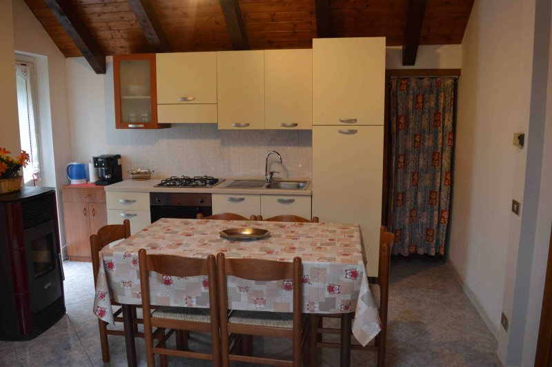 Appartamento ' Vigiallo  'residence Arvinei, vacation rental in Baceno
