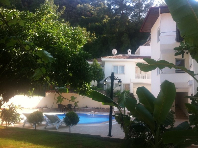 Garden Villas New - Beach/TownCentre/Swimming Pool (2 bedrooms for 6+1 guests), holiday rental in Marmaris