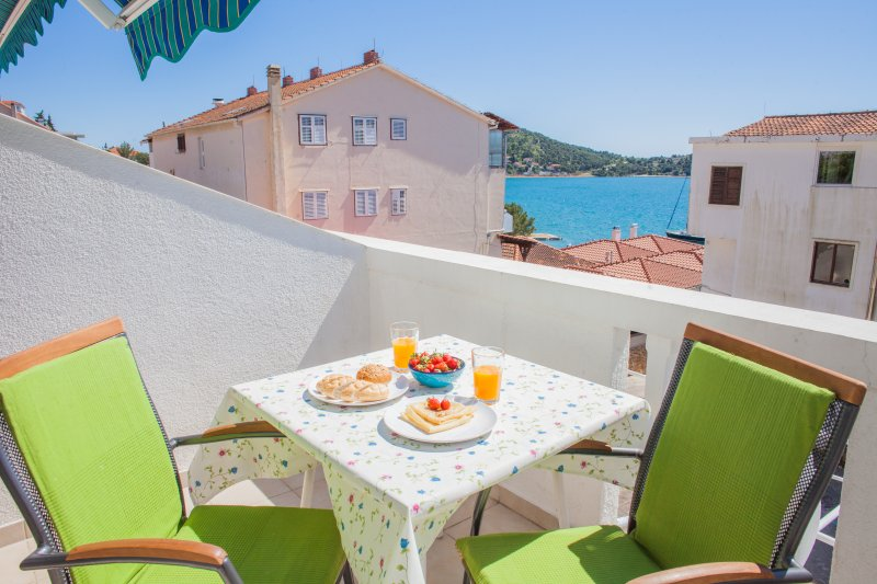 Hana Home - Apartments Barbara Tisno, A!, vakantiewoning in Tisno