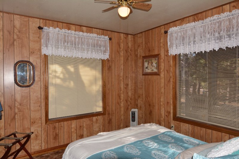 Lace room with Queen size bed