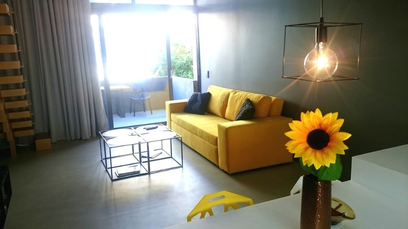 Athina ART Apartment III (YELLOW), holiday rental in Tavros