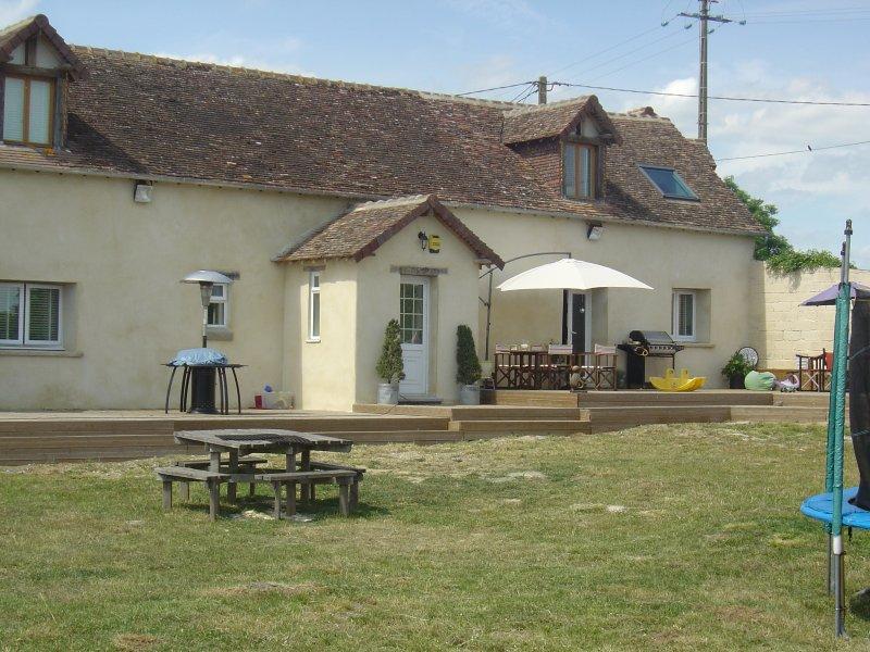 Maison Ensoleillee, casa vacanza a Saint-Georges-le-Gaultier