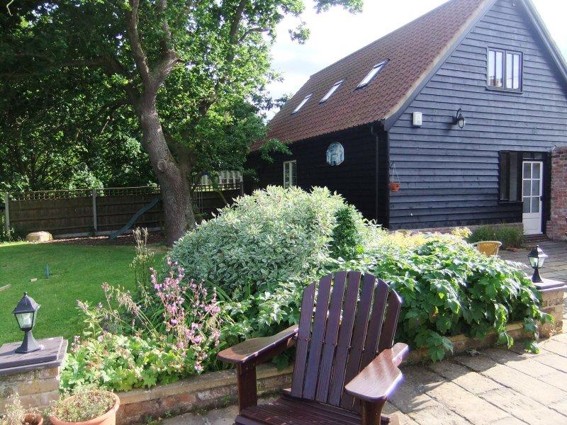 Oak View Loft, luxury apartment close to coast and Broads., location de vacances à Lessingham