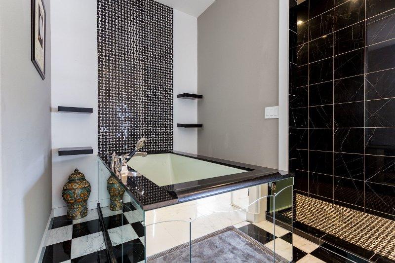 Detached Ensuite Loft Bathroom