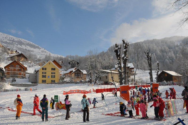 Chalet au centre du village près des remontées mécaniques et des écoles de ski
