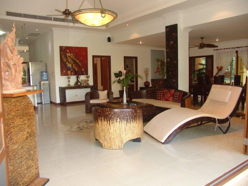 Villa Avec Piscine Dans Jardin Tropicale