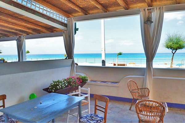 Casa della Lampara terrace with seaview