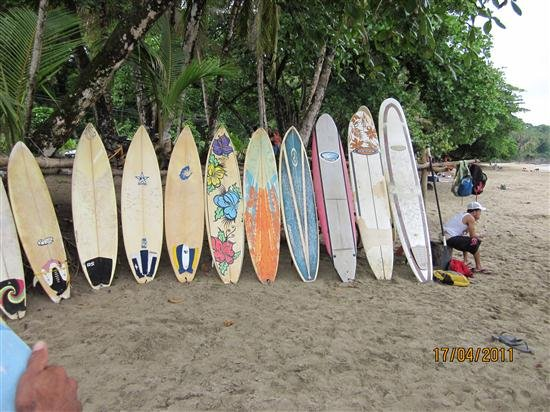 Surfing Vacation in Casa Galim Beach House, holiday rental in Hone Creek