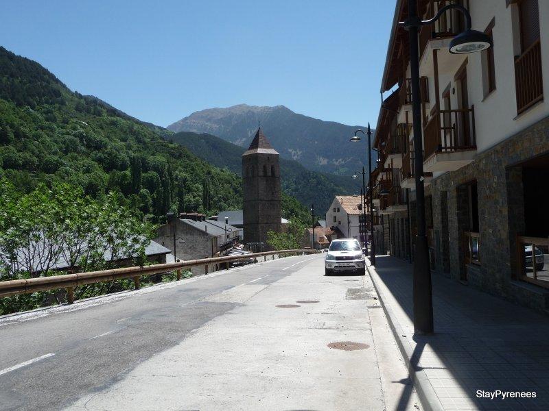 Avenida Pineta fachada