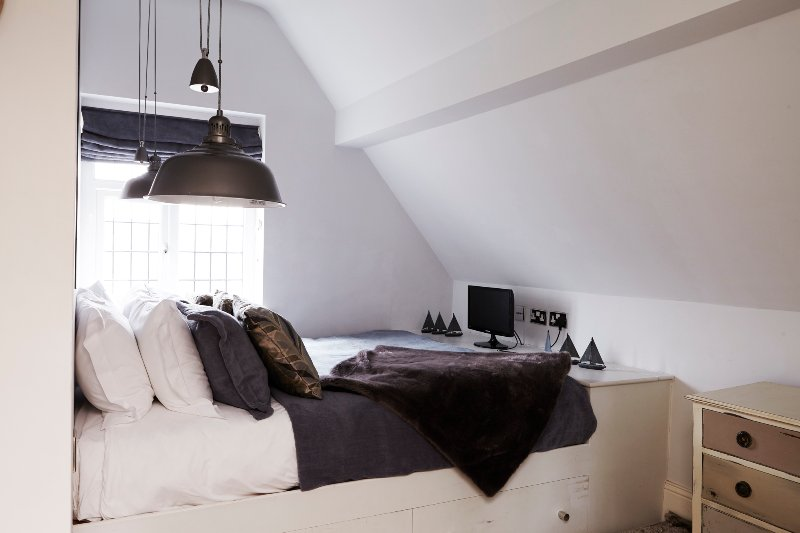 Island Den Bedroom with sea view