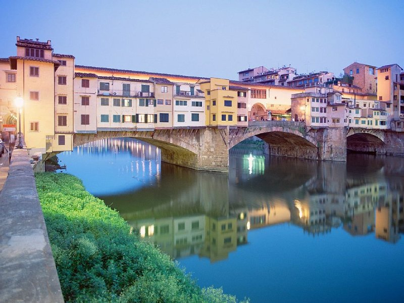 The beautiful city of Florence is just over an 60 minutes away