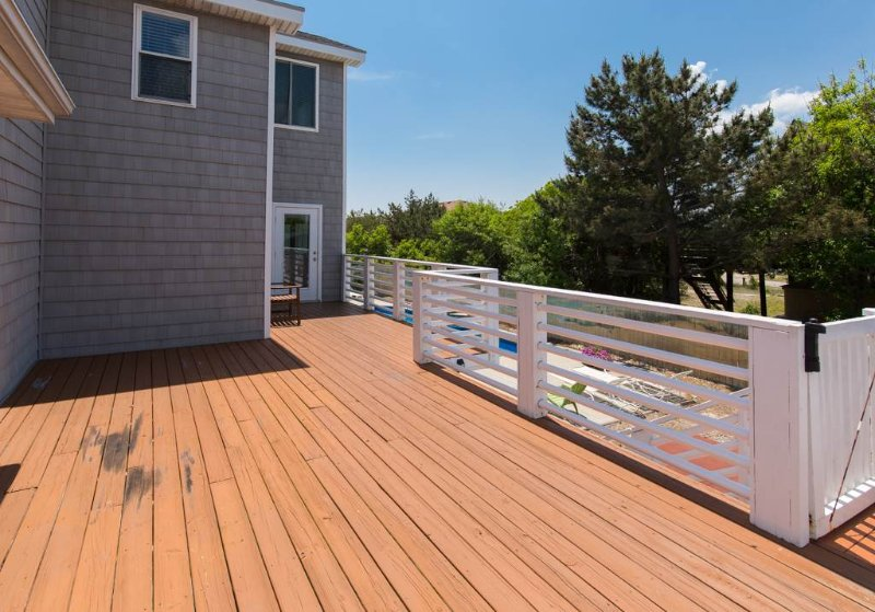Hardwood,Deck,Porch,Balcony