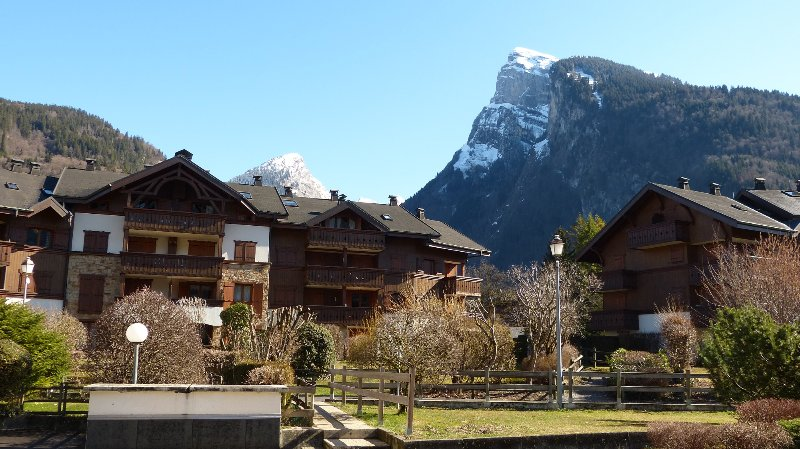 Samoens Apartment French Alps, holiday rental in Grand Massif