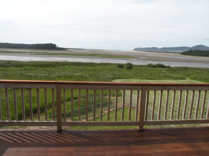 Majestic Panoramic View of The sandlake Estuary, Beachhead nd Cape lookout.