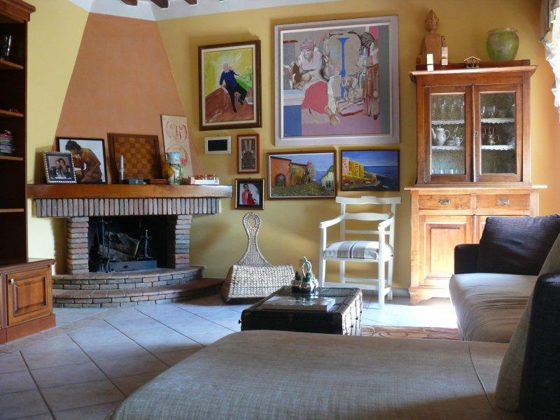 Casa La Camelia, vacation rental in Benabbio